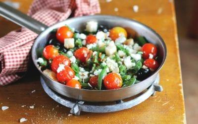 Mediterraner Bohnensalat mit Parmesan Basilikum Pesto Dressing