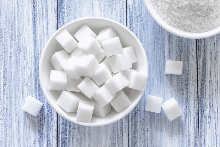 Zucker in einer Schale