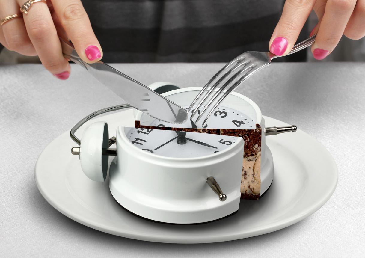 Hastiges Essen verursacht Magen- und Darmbeschwerden