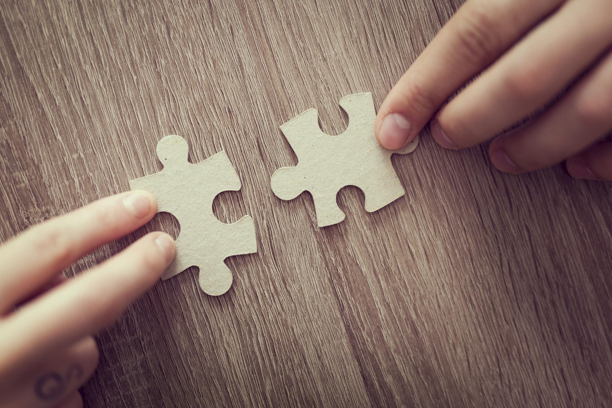 Zwei passende Puzzleteile