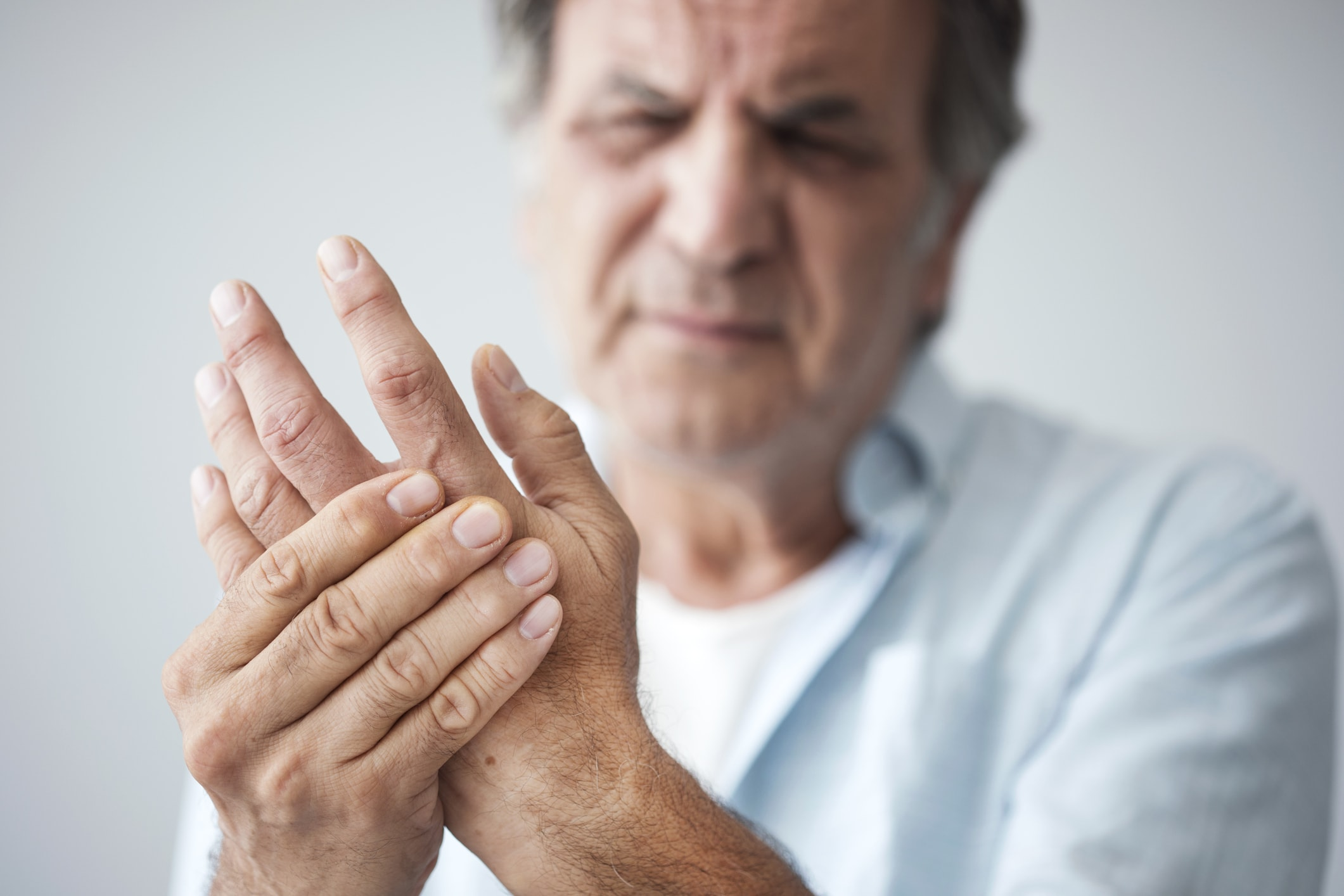 Rheuma in der Hand