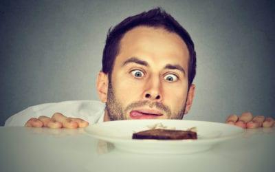 12 Tipps, wie Du Deinen Heißhunger auf Süßes stoppst