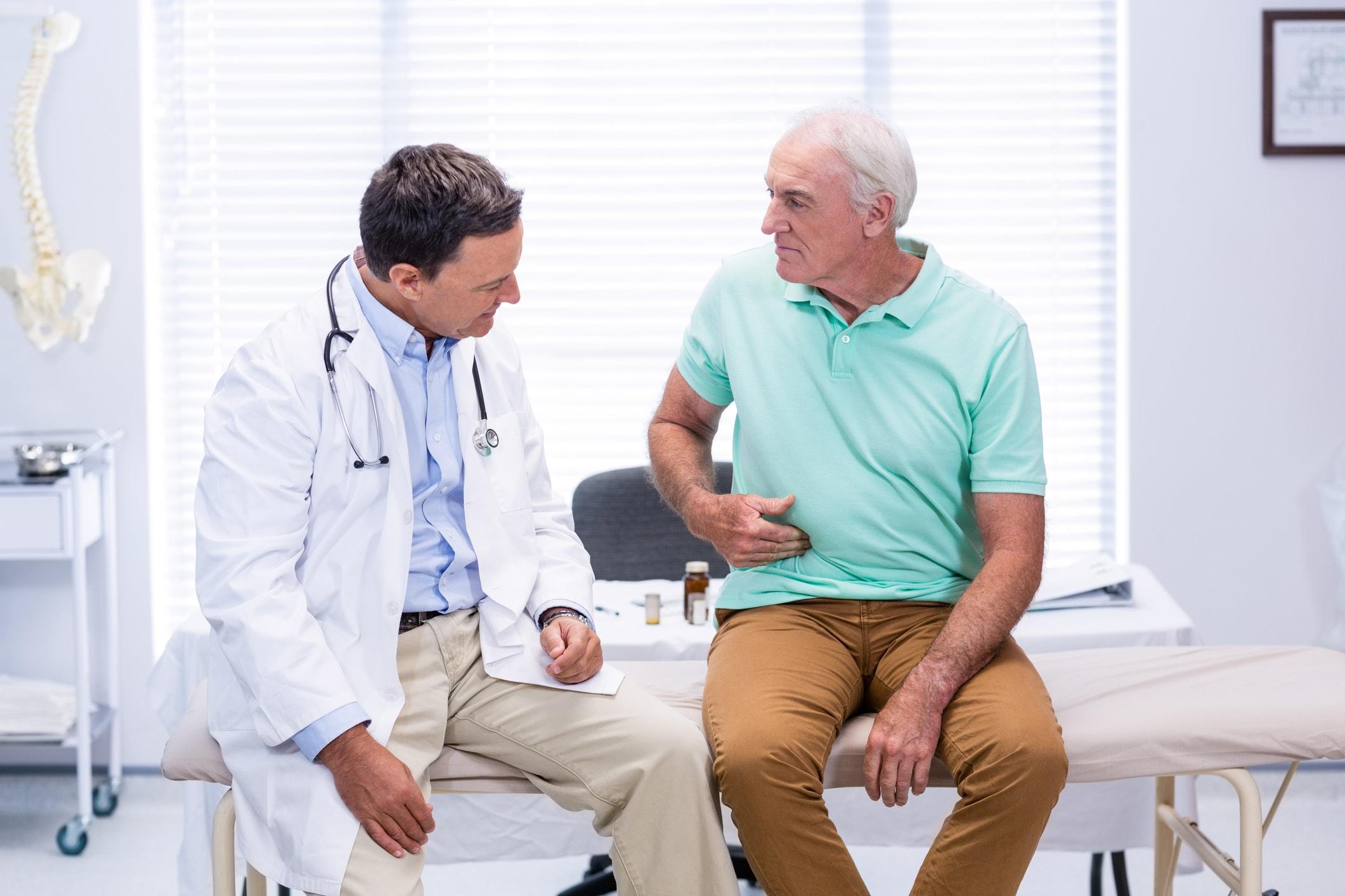 Grüner Stuhllgang: Wann sollte ich zum Arzt gehen?