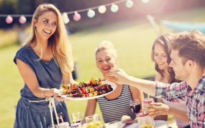Fit und gesund an heißen Tagen: Die richtige Ernährung im Sommer