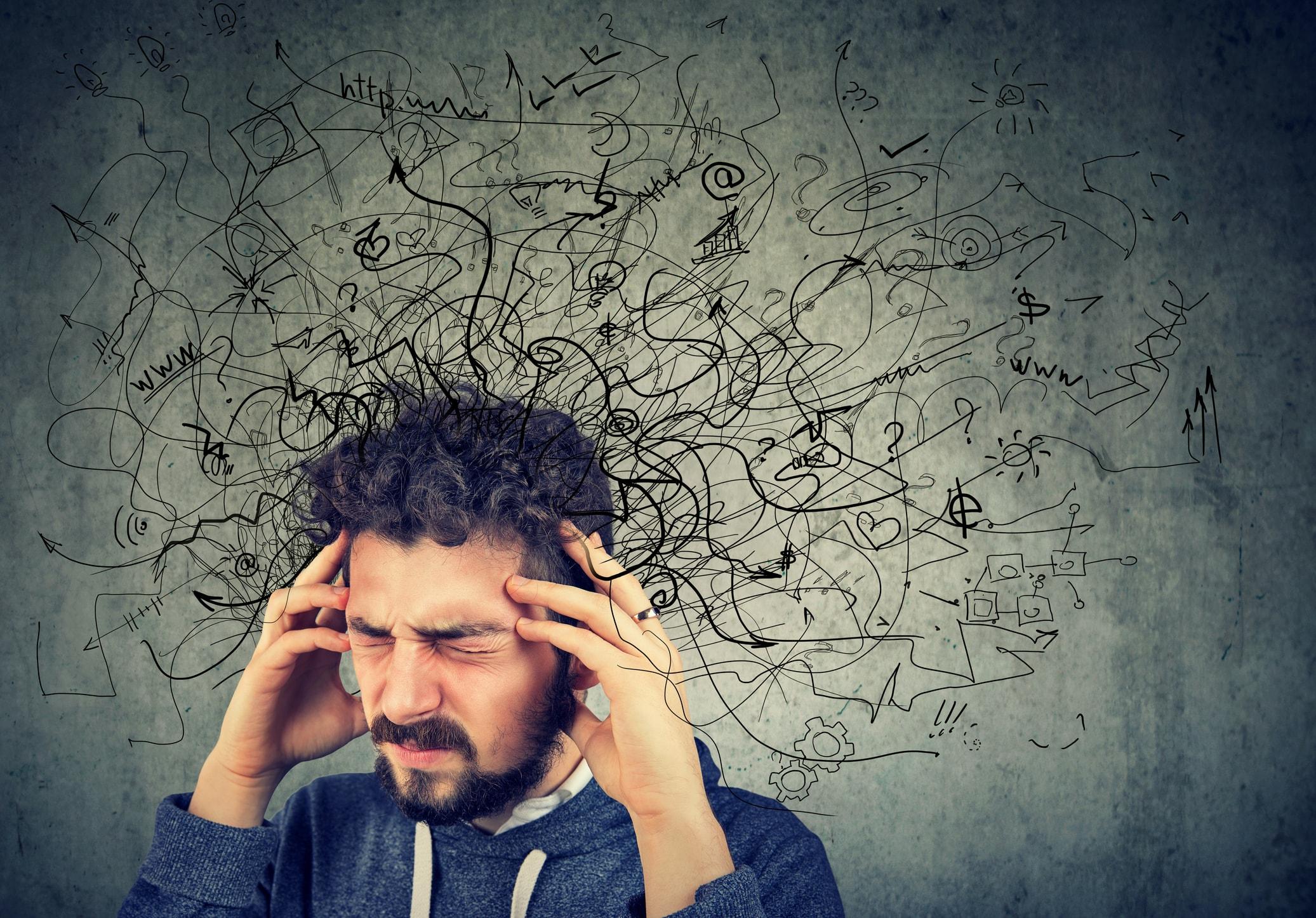 Mann mit negativen Gedanken
