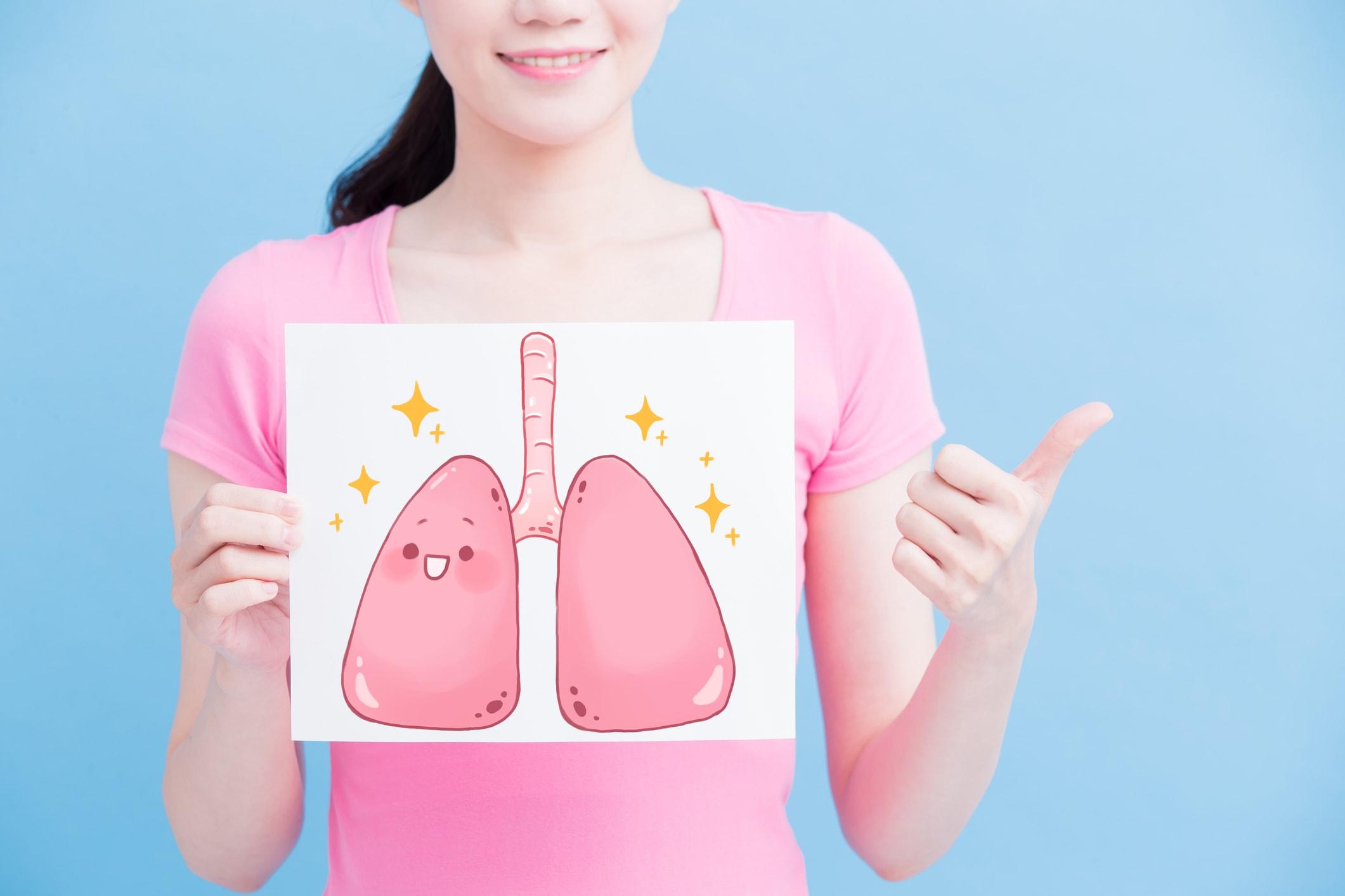 Mädchen mit Lungenbild