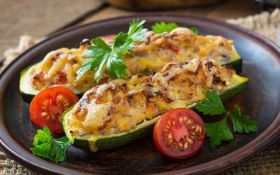 Low Carb Gefüllte Zucchini mit Walnuss Käsefüllung
